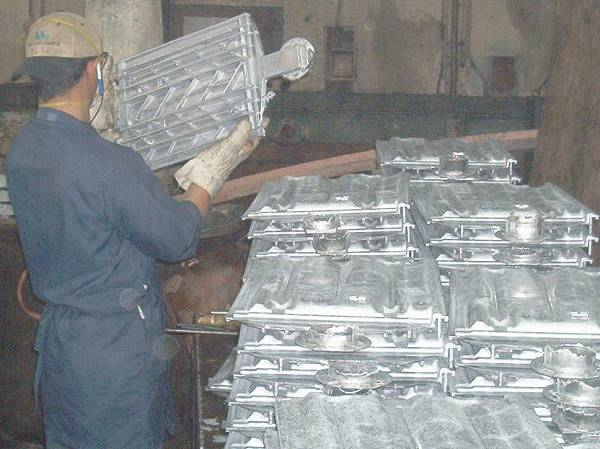 Roof Tile Molds, diecasting parts in aluminum